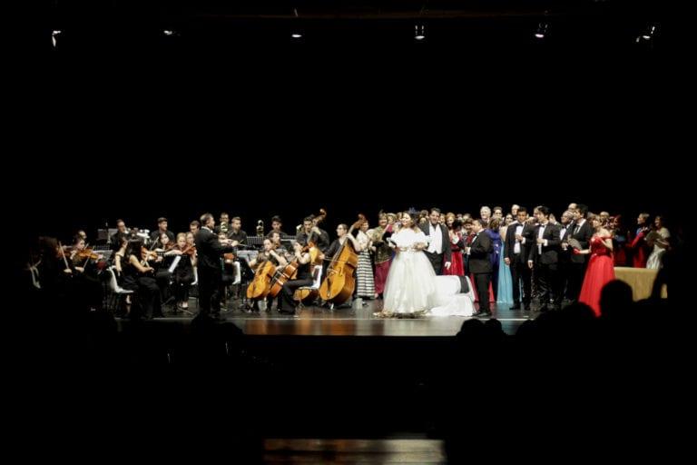 """Ópera """"La Traviata"""" en el Auditorio Gustavo Freire de Lugo"""