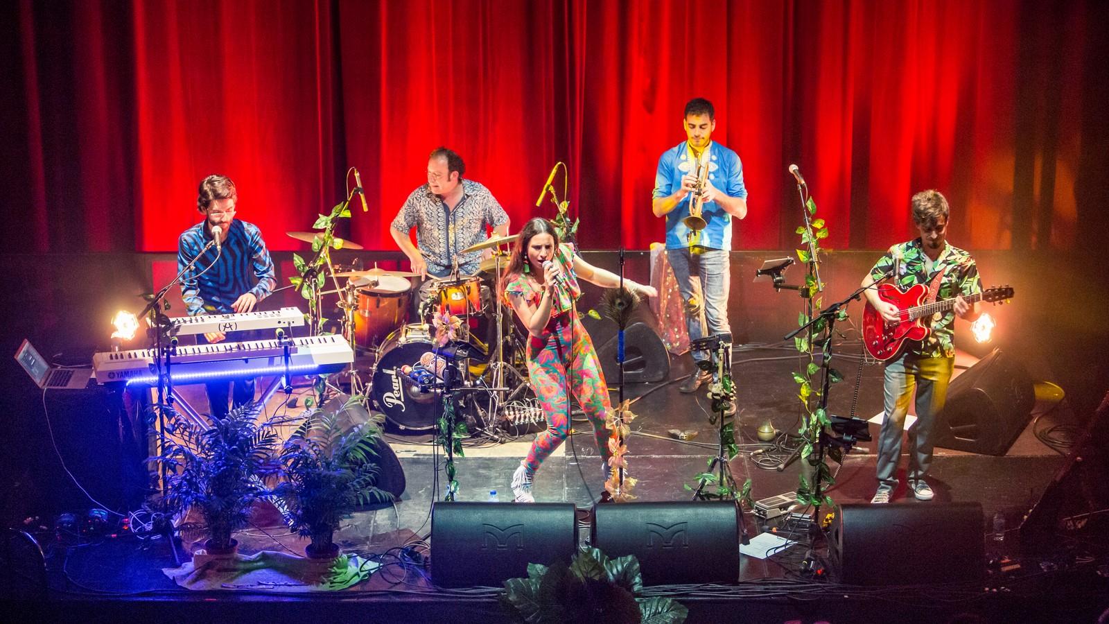 Nastasia Zürcher, neo soul con alma de música del mundo en Lugo